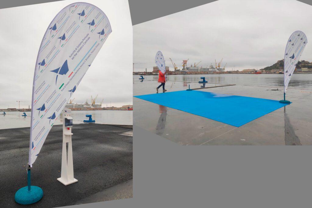 Bandiera stampata in digitale con basamento in cemento